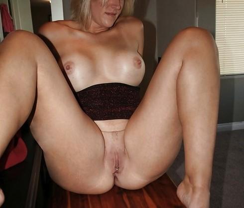maman-blonde-de-46-ans-sur-paris-cherche-plan-q